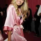 Romee Strijd 2015 Victorias Secret Fashion Show 11