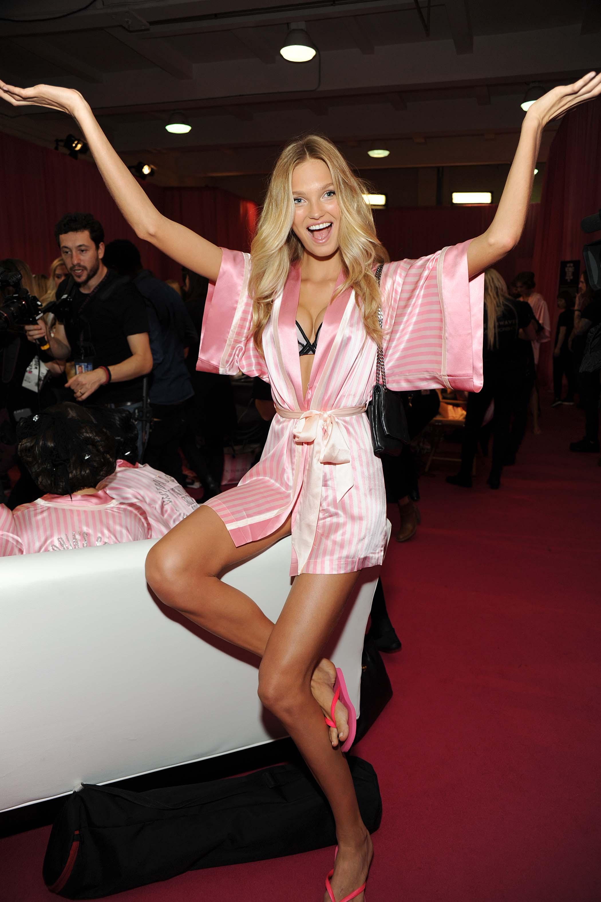 Romee Strijd Victoria S Secret Fashion Show