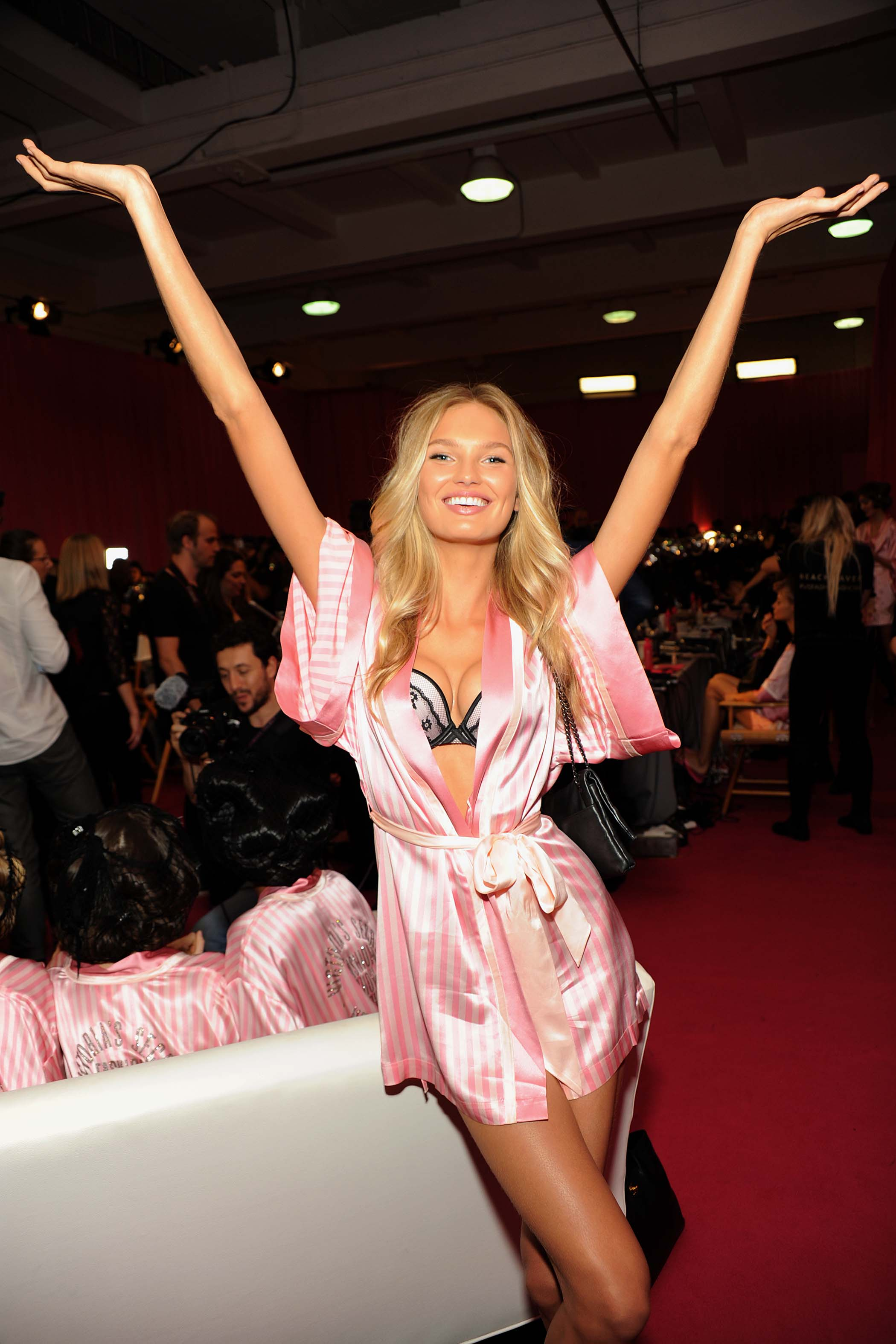 Romee Strijd 2015 Victoria S Secret Fashion Show Satiny