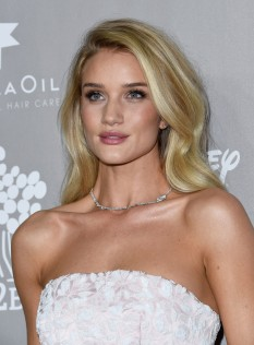 Rosie Huntington-Whiteley 2015 Baby2Baby Gala 7