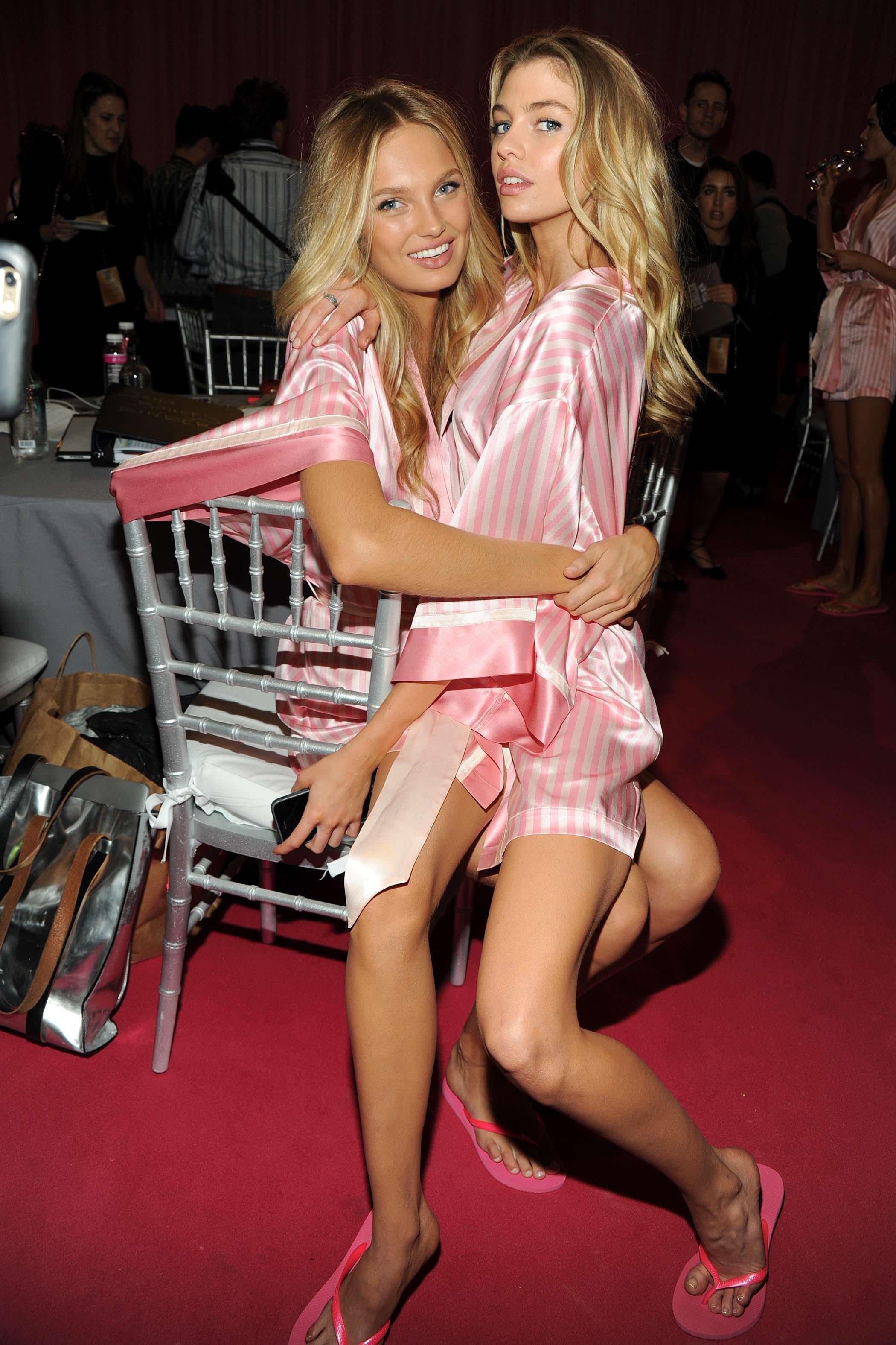 Stella Maxwell Victoria S Secret Fashion Show