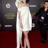 Jaime King Star Wars The Force Awakens Premiere 15