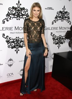 AnnaLynne McCord Galerie Montaigne Opening 12