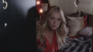 Pretty Little Liars Where Somebody Waits For Me 32