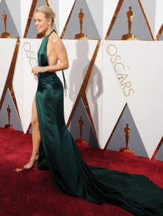 Rachel McAdams 88th Academy Awards 15