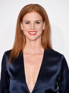 Sarah Rafferty Peoples Choice Awards 2016 6