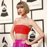 Taylor Swift 58th GRAMMY Awards 3