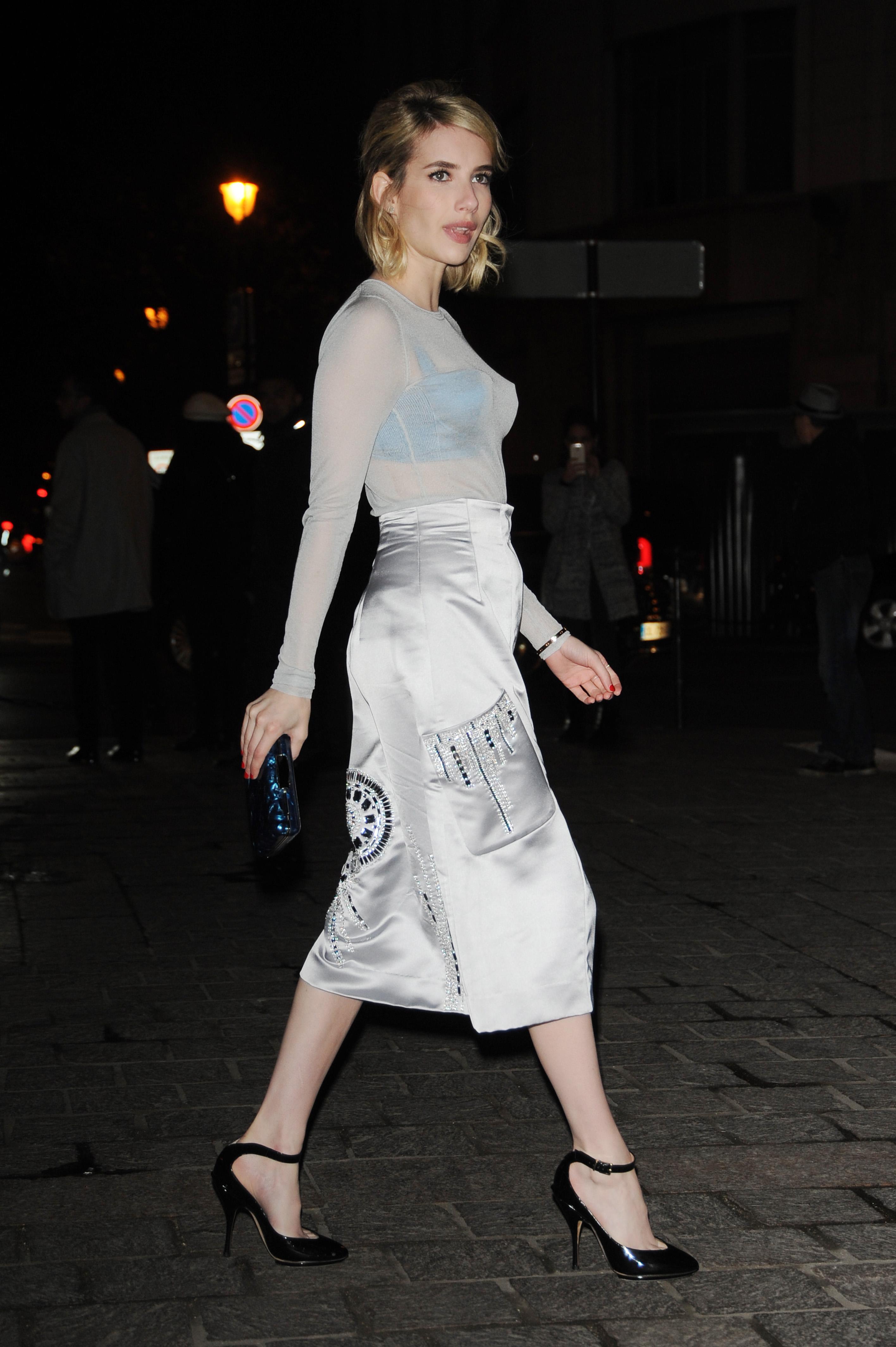 Emma-Roberts-HM-Fashion-Show-Paris-Fashion-Week-2016-11.jpg