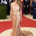 Amber Heard 2016 Costume Institute Gala 26