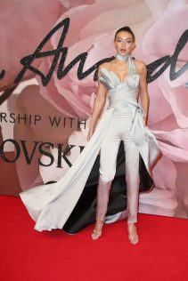 Gigi Hadid 2016 British Fashion Awards 1