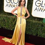 Emily Ratajkowski 74th Golden Globe Awards 16