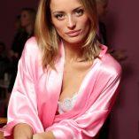 Flavia Lucini 2016 Victoria's Secret Fashion Show 5
