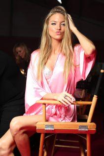 Martha Hunt 2016 Victoria's Secret Fashion Show 4