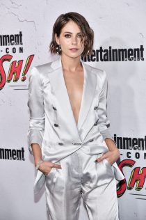 Willa Holland 2017 Entertainment Weekly Comic-Con Party 1