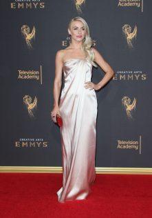 Julianne Hough 2017 Creative Arts Emmy Awards 14