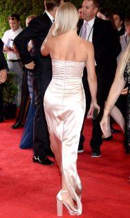 Julianne Hough 2017 Creative Arts Emmy Awards 4