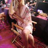 Karlie Kloss 2017 Victoria's Secret Fashion Show 3