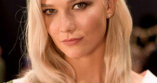 Karlie Kloss 2017 Victoria's Secret Fashion Show