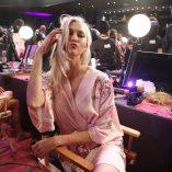 Karlie Kloss 2017 Victoria's Secret Fashion Show 5