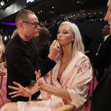 Karlie Kloss 2017 Victoria's Secret Fashion Show 8