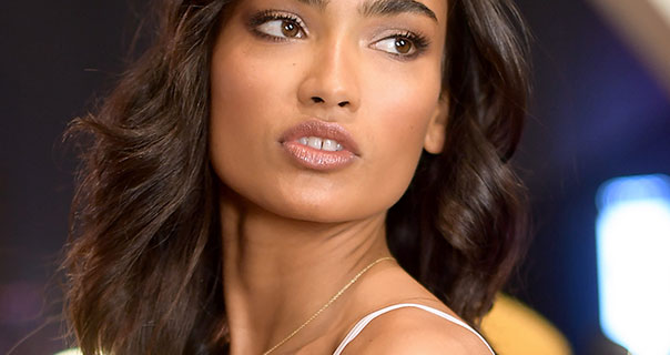 Kelly Gale 2017 Victoria's Secret Fashion Show