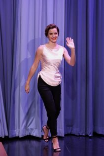 Emma Watson Jimmy Fallon Show 27th April 2017 3