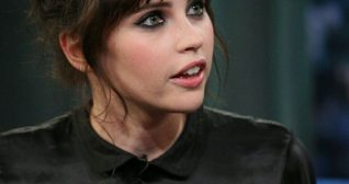 Felicty Jones Late Night With Jimmy Fallon 15th November 2011