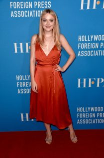 Dakota Fanning 2018 HFPA Grants Banquet 3
