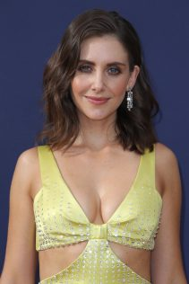 Alison Brie 70th Emmy Awards 17