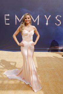 Heidi Klum 70th Emmy Awards 15