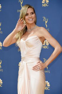 Heidi Klum 70th Emmy Awards 38