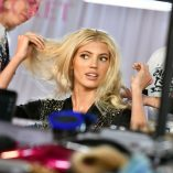 Devon Windsor 2018 Victoria's Secret Fashion Show 4