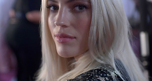 Devon Windsor 2018 Victoria's Secret Fashion Show