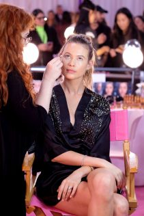 Behati Prinsloo 2018 Victoria's Secret Fashion Show 1