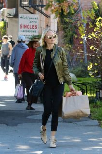 Malin Akerman LA 19th December 2018 14
