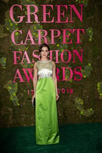 Alison Brie 2018 Green Carpet Fashion Awards Italia 13