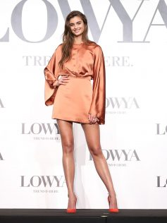 Taylor Hill Lowya Launch 48