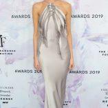 Martha Hunt 2019 Fragrance Foundation Awards 1
