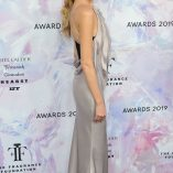 Martha Hunt 2019 Fragrance Foundation Awards 4