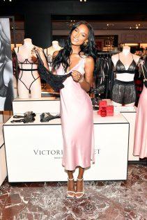 Jasmine Tookes 2019 Victoria's Secret Fall Collection 2