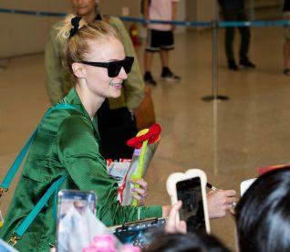 Sophie Turner Incheon International Airport 9