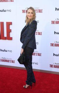 Yvonne Strahovski The Handmaid's Tale Season 3 Finale 20