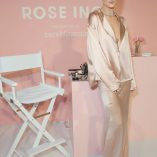 Rosie Huntington-Whiteley Rose Inc bareMinerals Beauty Master Class 2