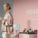 Rosie Huntington-Whiteley Rose Inc bareMinerals Beauty Master Class 20