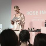 Rosie Huntington-Whiteley Rose Inc bareMinerals Beauty Master Class 22