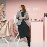 Rosie Huntington-Whiteley Rose Inc bareMinerals Beauty Master Class 24