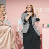 Rosie Huntington-Whiteley Rose Inc bareMinerals Beauty Master Class 25