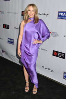 Kylie Minogue 2020 AAA Arts Awards 2