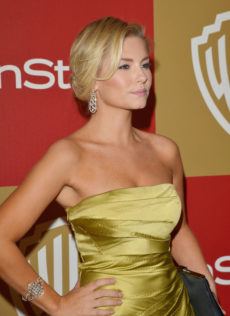 Elisha Cuthbert 14th Warner Bros And InStyle Golden Globe Awards After Party 11