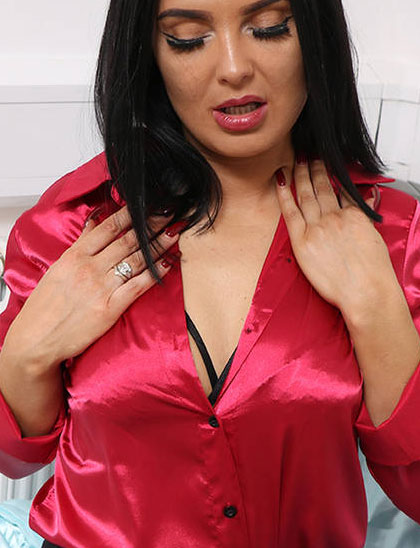 Sexy Satin Silk Fun Images